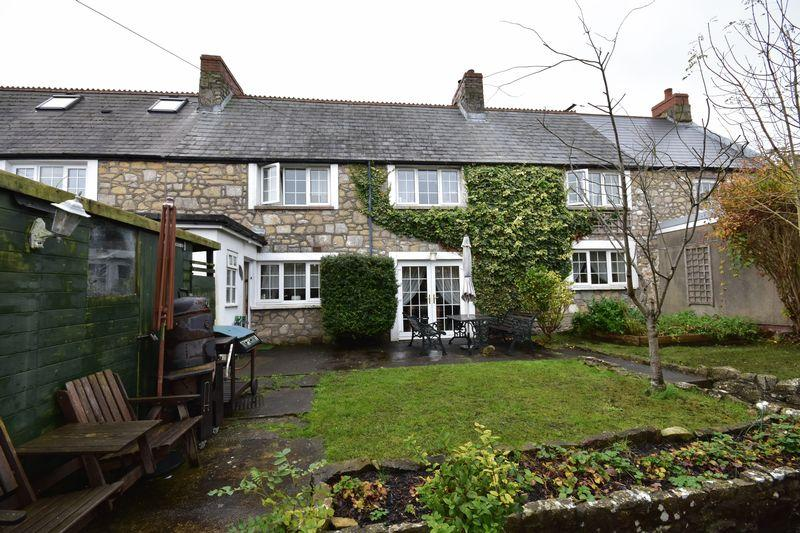 4 Bedrooms Terraced House for sale in 9 Hillhead, Llantwit Major, Vale of Glamorgan, CF61 1SF