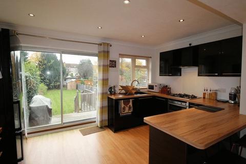 2 bedroom terraced house for sale - Crofton Avenue, Bexley