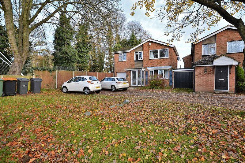 5 Bedrooms Detached House for sale in Heath Road, Leighton Buzzard