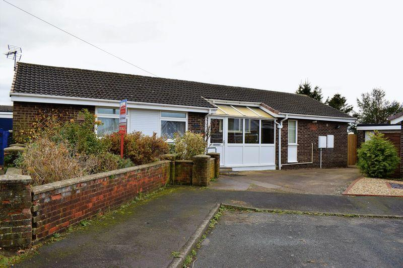 3 Bedrooms Detached Bungalow for sale in Wellbeck Close, Brigg