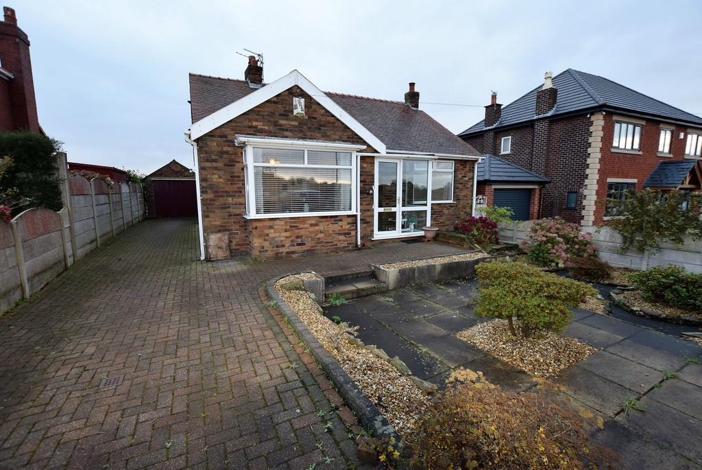 2 Bedrooms Detached Bungalow for sale in Liverpool Road, Haydock, St. Helens