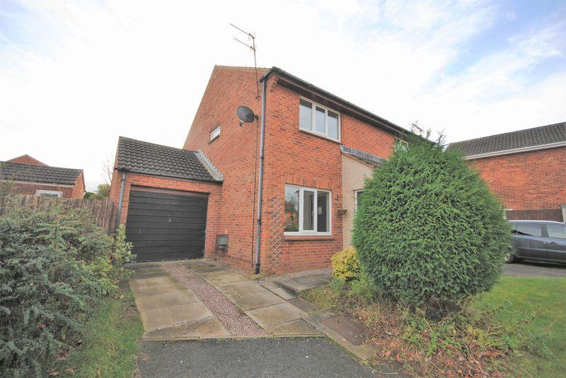 2 Bedrooms Semi Detached House for sale in Swindon Close, Greasby