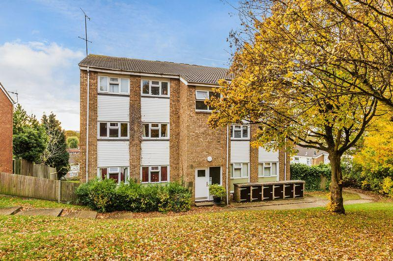 Park Barn Drive Guildford 2 Bed Apartment 163 260 000