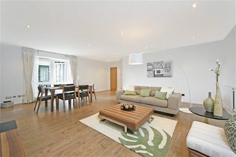 2 bedroom flat to rent - Beckford Close, West Kensington, W14
