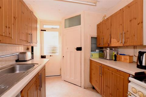 2 bedroom terraced house for sale - Coombe Road, Brighton, East Sussex