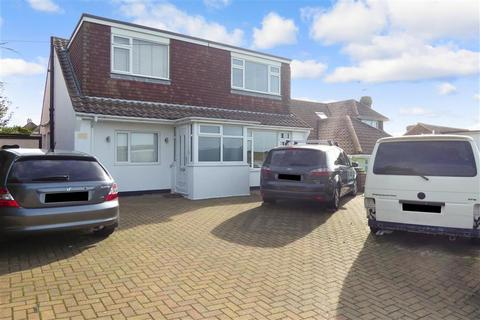 3 bedroom detached house for sale - The Brow, Woodingdean, Brighton, East Sussex