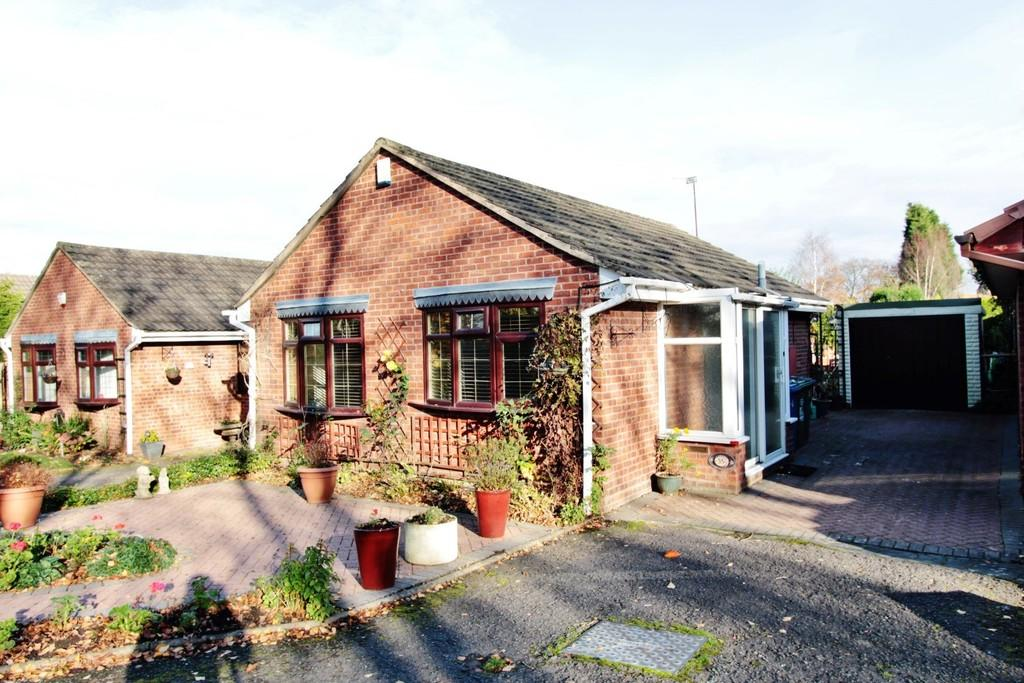 2 Bedrooms Detached Bungalow for sale in Repington Road North, Amington