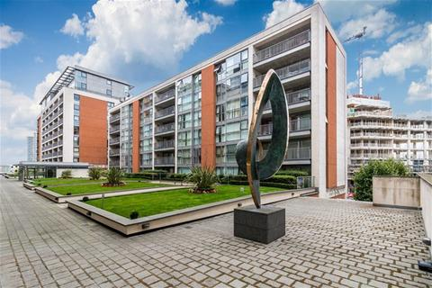 1 bedroom flat to rent - Baltic Apartments, 11 Western Gateway, Excel