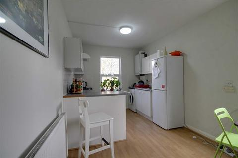 2 bedroom flat to rent - Palmerstone Road, Walthamstow
