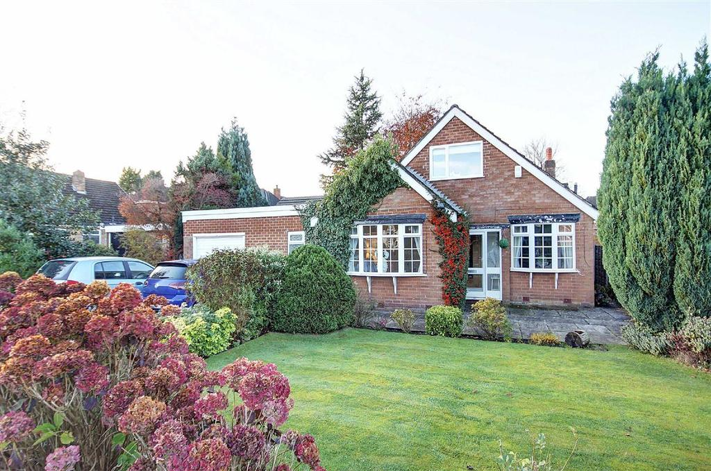 4 Bedrooms Detached House for sale in Longsides Road, Hale Barns, Cheshire