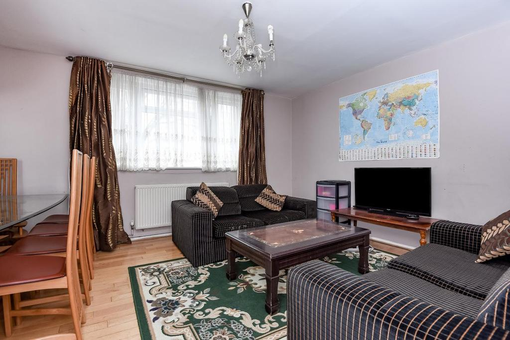 2 Bedrooms Maisonette Flat for sale in Lime Grove, Shepherds Bush