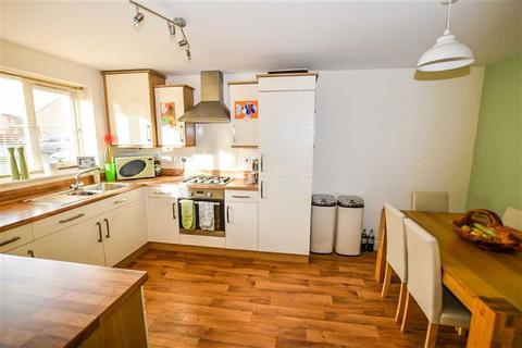 4 bedroom end of terrace house for sale - Hyde Park Road, Kingswood, Hull, HU7