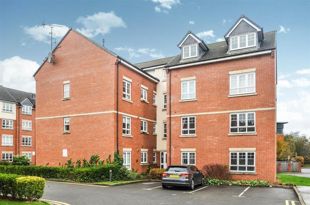 2 Bedrooms Apartment Flat for sale in Wallwin Place, Warwick