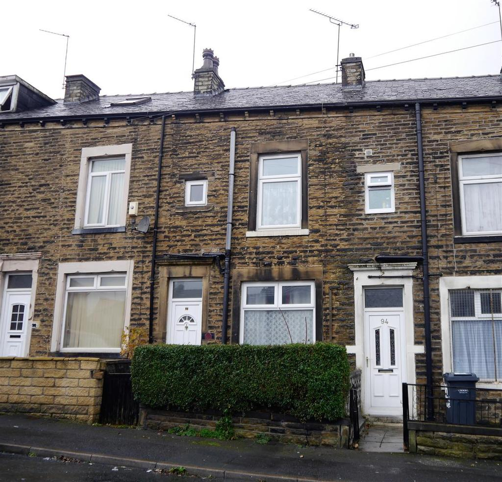 3 Bedrooms Terraced House for sale in Tivoli Place, Little Horton, Bradford, BD5 0PG
