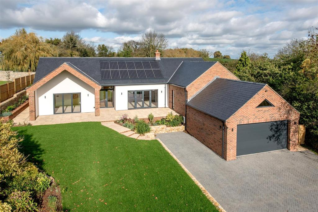 4 Bedrooms Detached House for sale in Kibbear, Trull 0.5 Acre