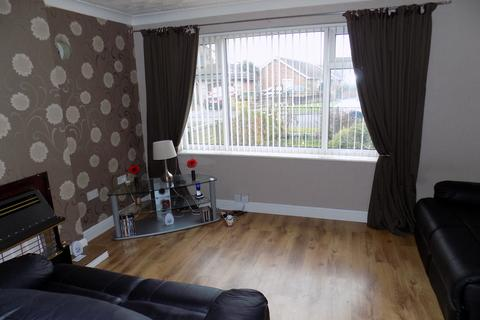 3 bedroom semi-detached house for sale - Pamela Road, Immingham DN40