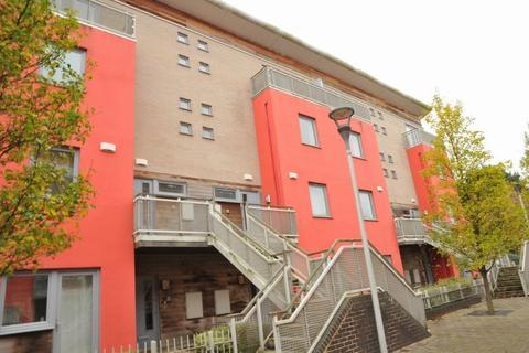 2 bedroom maisonette to rent - Cubitt Way, Woodston, PETERBOROUGH, PE2