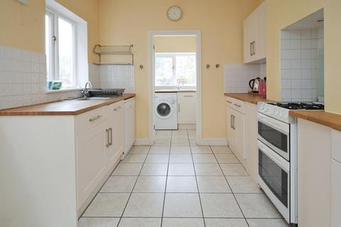 4 bedroom semi-detached house to rent - Bartlemas Road, East Oxford