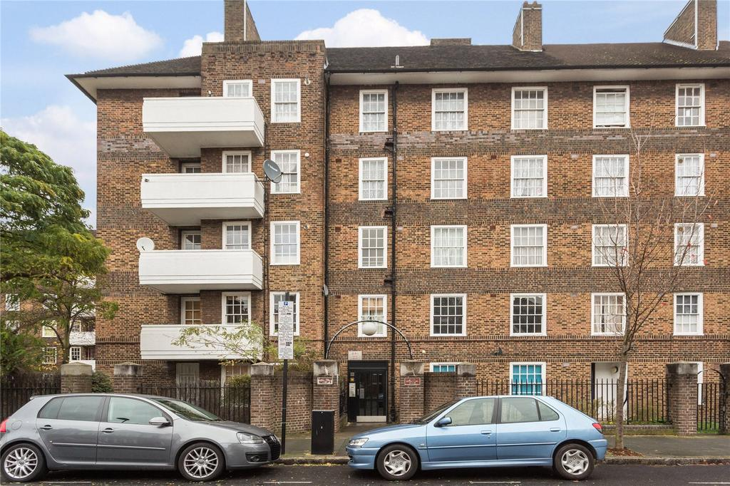 2 Bedrooms Flat for sale in Biddestone Road, Holloway, London