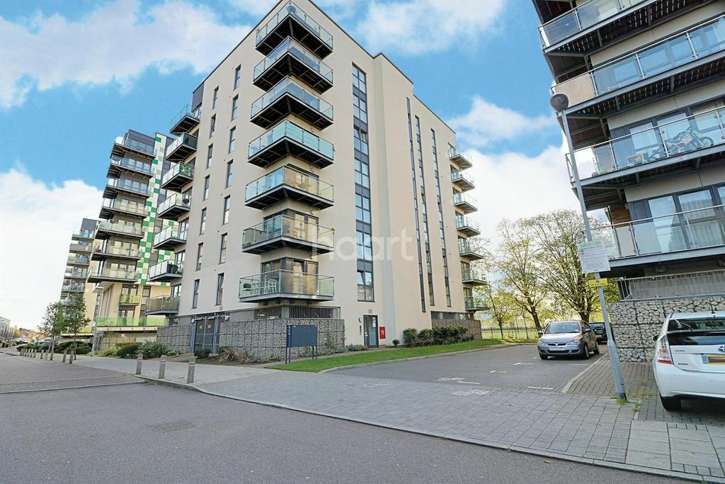 2 Bedrooms Flat for sale in Academy Way