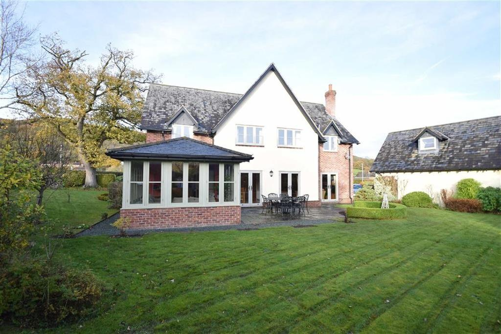 4 Bedrooms Detached House for sale in Breidden Meadow, Middletown, Welshpool