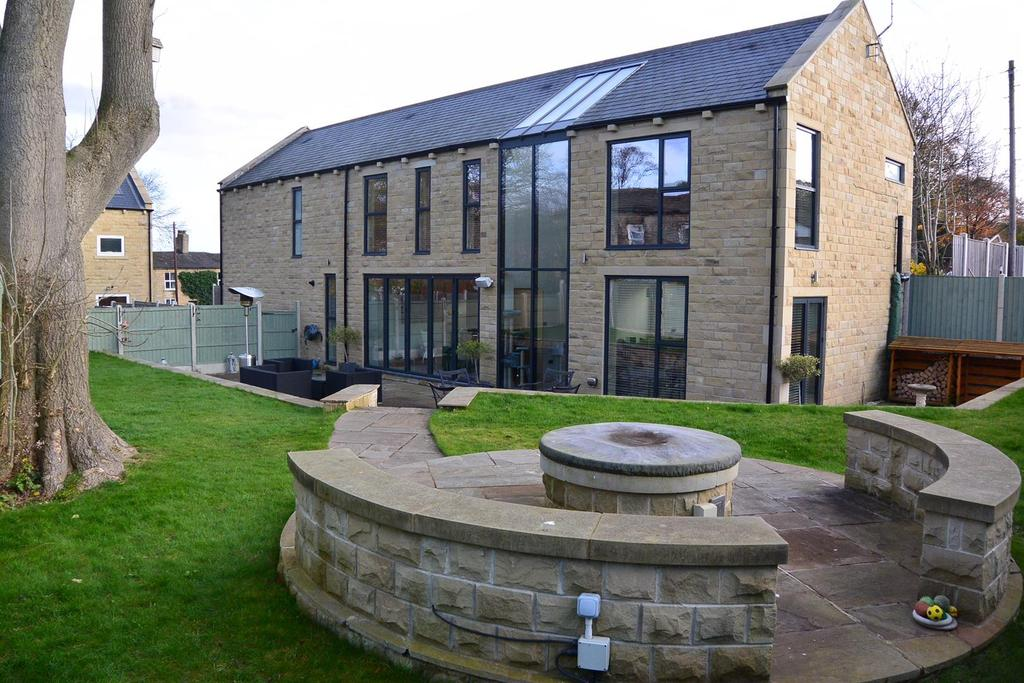 4 Bedrooms Detached House for sale in Oxford Road, Gomersal, Cleckheaton