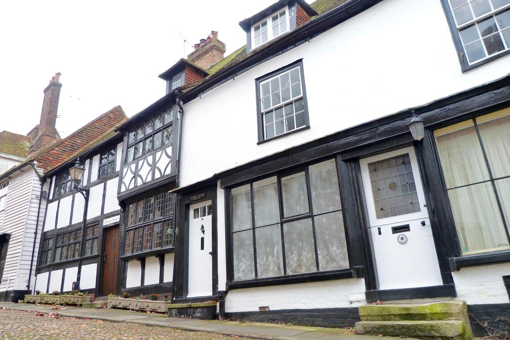 3 Bedrooms Terraced House for rent in 16 West Street, Rye TN31