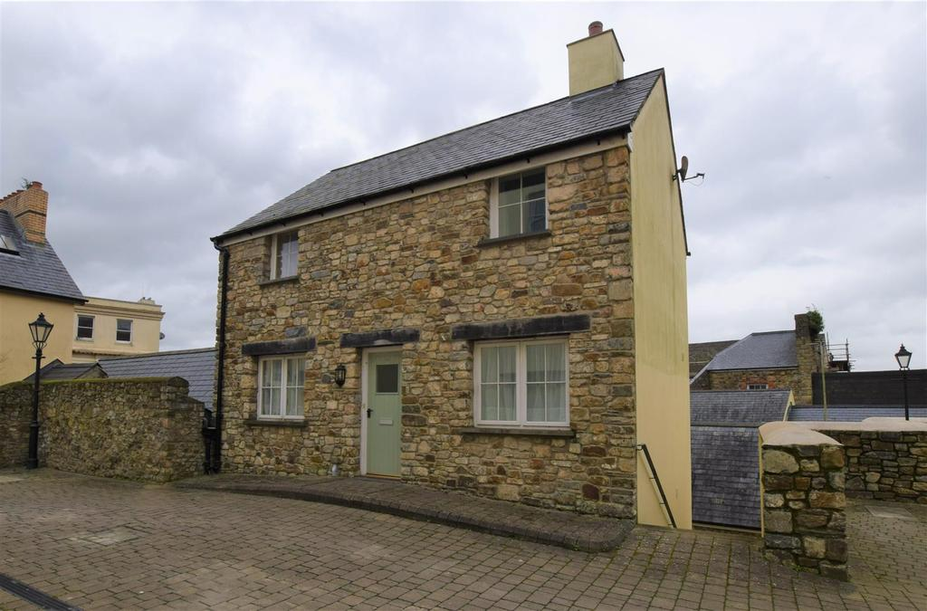 2 Bedrooms Cottage House for sale in Haverfordwest