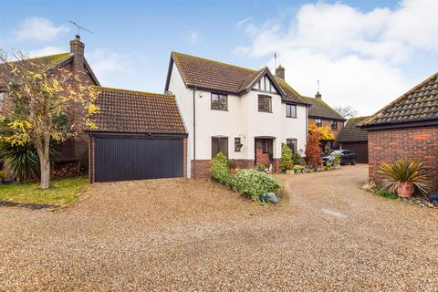 4 bedroom detached house for sale - Fambridge Road, Maldon