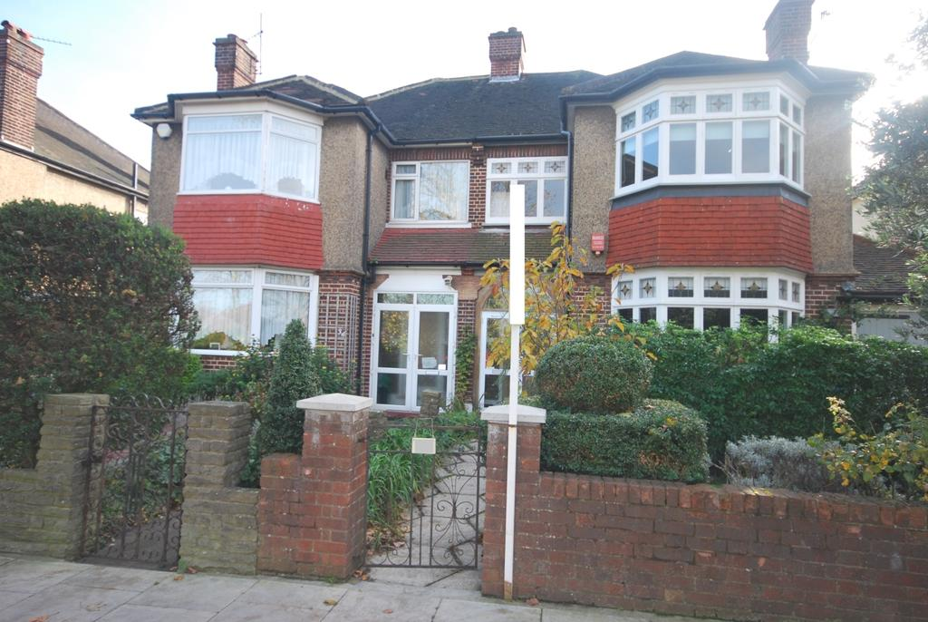3 Bedrooms Semi Detached House for sale in Colyton Road East Dulwich SE22