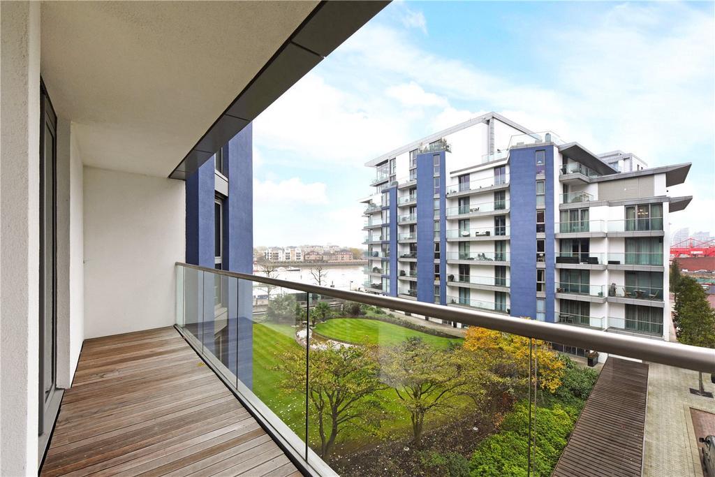 3 Bedrooms Flat for sale in Chapelier House, Eastfields Avenue, London, SW18