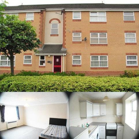 Studio to rent - Burns Avenue , Chadwell Heath , Romford , Essex  RM6