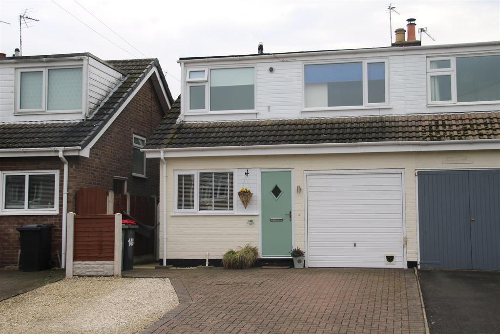 3 Bedrooms Semi Detached House for sale in St. Leonards View, Dordon, Tamworth