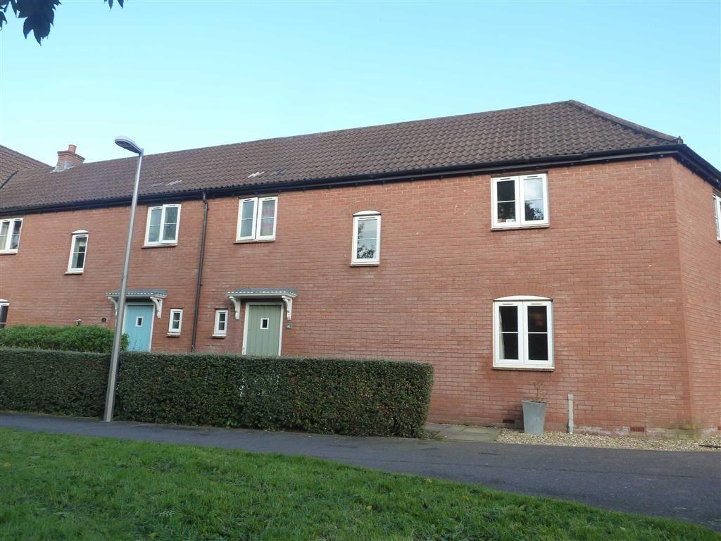 3 Bedrooms Semi Detached House for rent in Tiverton, Devon, EX16