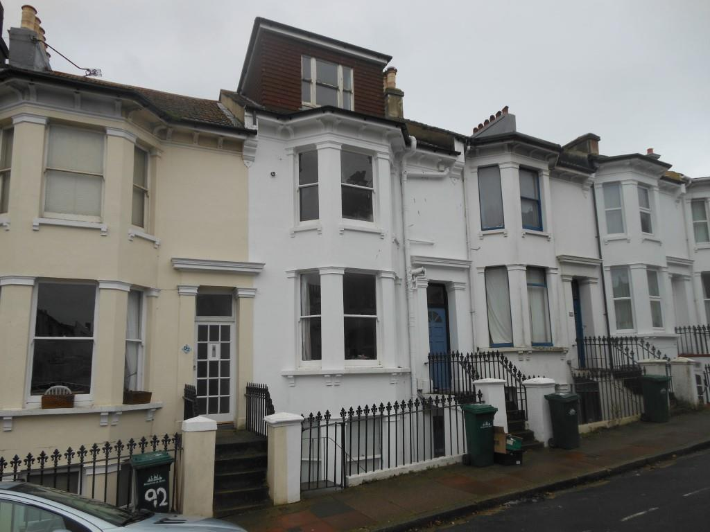 1 Bedroom Flat for sale in Roundhill Crescent, Brighton