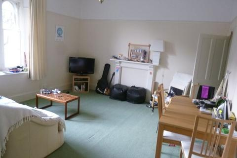 1 bedroom flat to rent - Chertsey Road, Redland