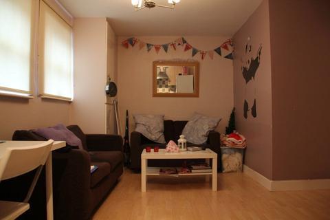 3 bedroom apartment to rent - Headingley Rise, Welton Road, LS6 1EE