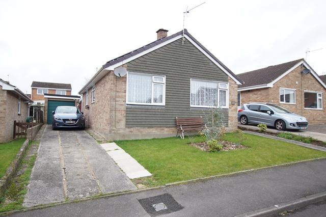 2 Bedrooms Detached Bungalow for sale in Marston Close, Blandford Forum