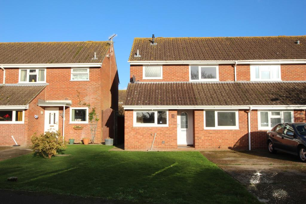 3 Bedrooms Semi Detached House for sale in BLACKFIELD