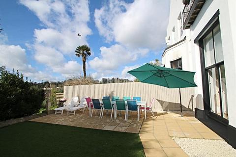 2 bedroom flat for sale - Barton Road, Torquay