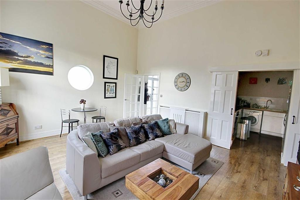 2 Bedrooms Semi Detached Bungalow for sale in Ingham Grange, South Shields, Tyne And Wear