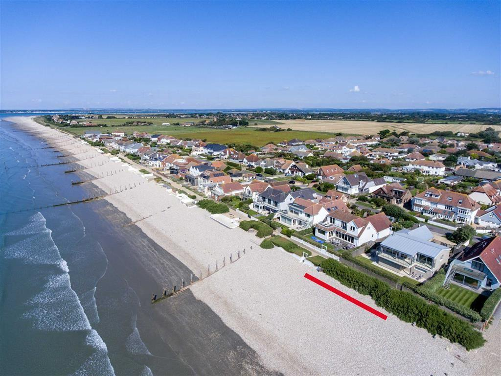 4 Bedrooms Detached House for sale in Marine Drive West, West Wittering, West Sussex