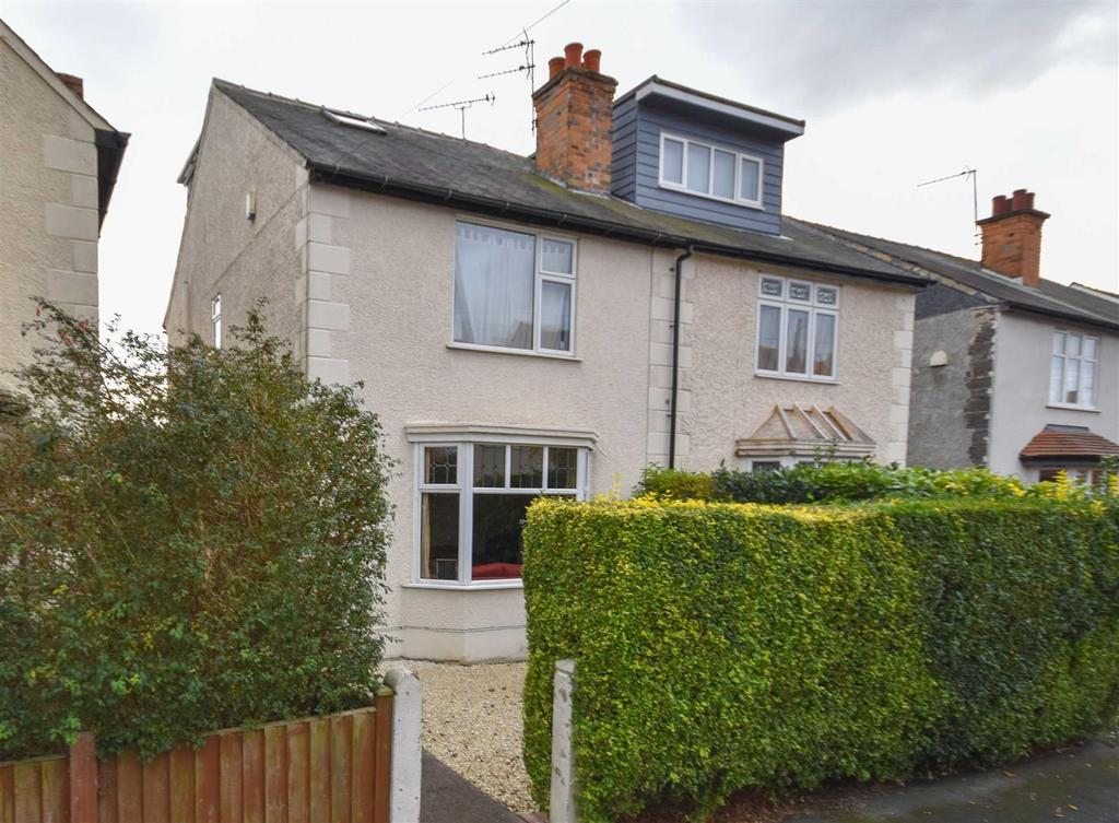 4 Bedrooms Semi Detached House for sale in Abingdon Road, West Bridgford, Nottingham