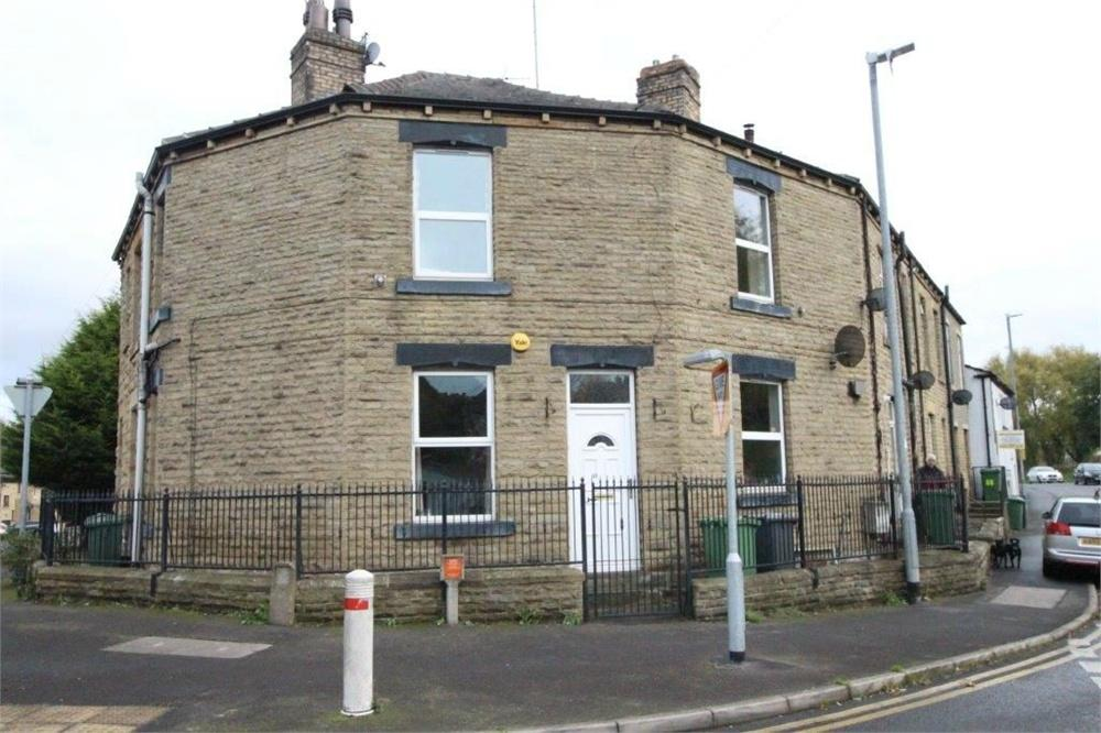 2 Bedrooms Terraced House for sale in Cross Bank Road, BATLEY, West Yorkshire