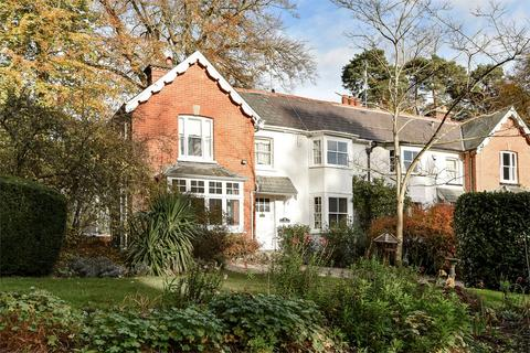 4 bedroom semi-detached house for sale - Fleet, Hampshire