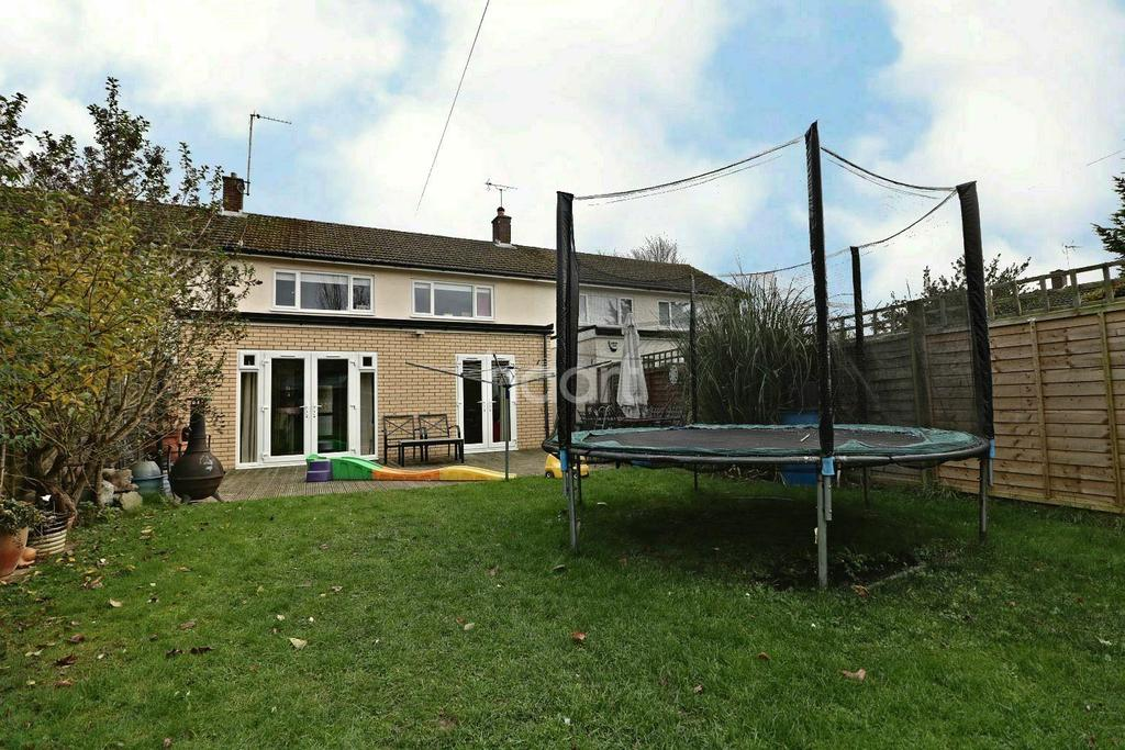 3 Bedrooms Terraced House for sale in Bushey Ley