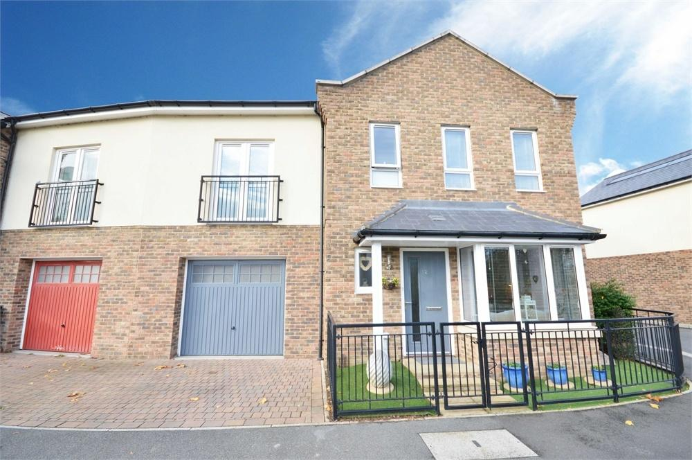 3 Bedrooms End Of Terrace House for sale in Vaughan Avenue, Ingress Park, Greenhithe