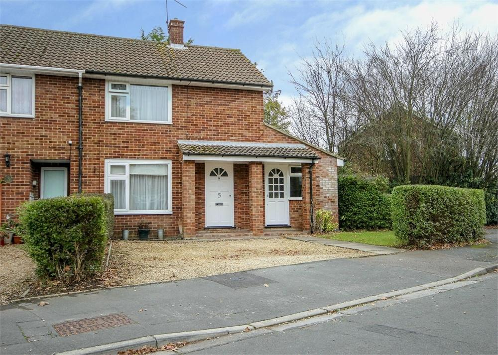 2 Bedrooms End Of Terrace House for sale in Swancote Green, Bracknell, Berkshire