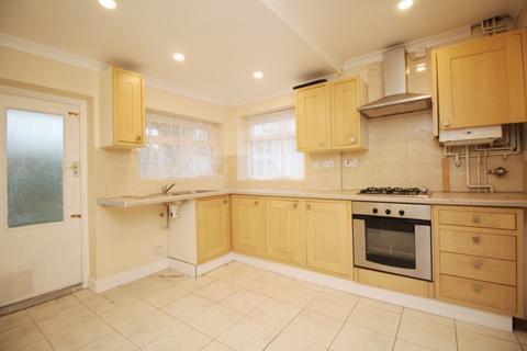 3 bedroom semi-detached house to rent - Blenheim Drive Welling DA16