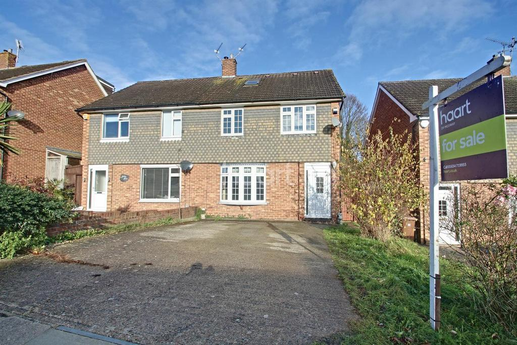 4 Bedrooms Semi Detached House for sale in Poplicans Road, Cuxton, ME2